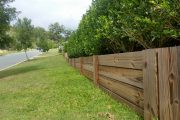 5 Benefits of an Interlocking Wood Retaining Wall
