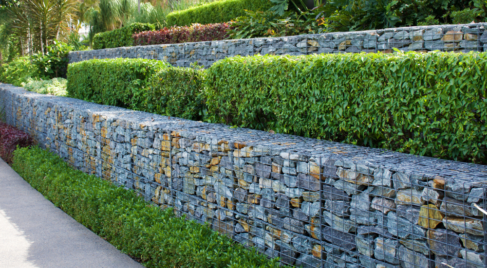 How To Use Retaining Walls In A Creative But Cost Effective Way
